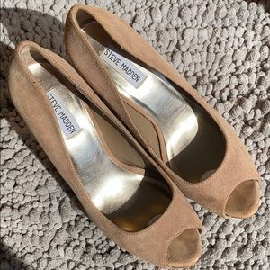 Steve Madden Suede Peep Toe Pumps Taupe - Size 10